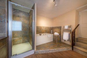 Talbot Barnwell bathroom 3